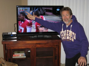 Still wearing my Vikings sweater, but I'm cheering for the Niners.