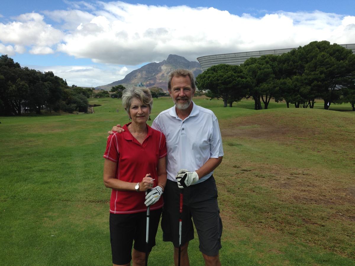 Rudy & Sue at the Metropolitan Golf Course
