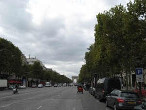 champs-elysees-paris-day03-19