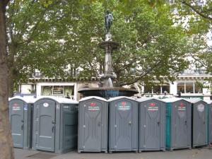 portapotties around the fountain