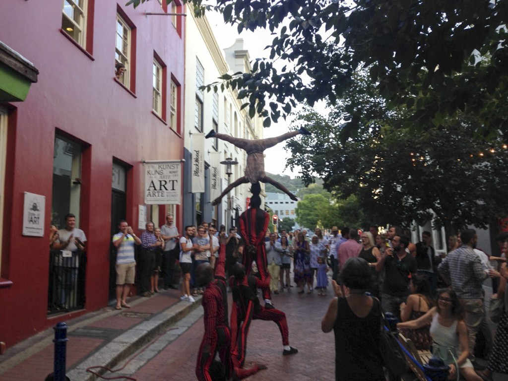 Street acrobats in Cape Town